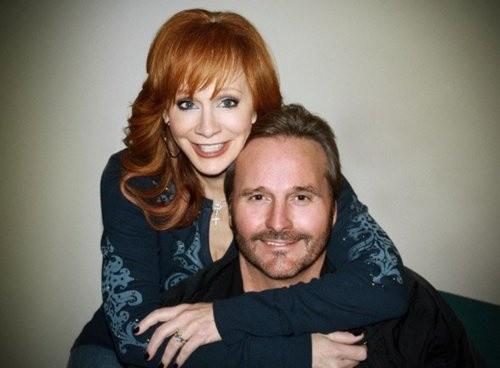 Reba mcentire narvel blackstock call it quits www for Who is reba mcentire married to now